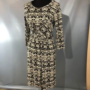 Hobbs London Dress with attached sash, size 8